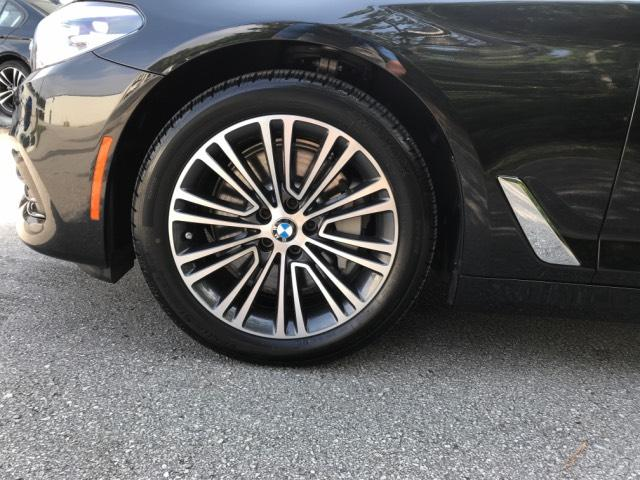 Pre-Owned 2018 BMW 5 Series 540i Sedan