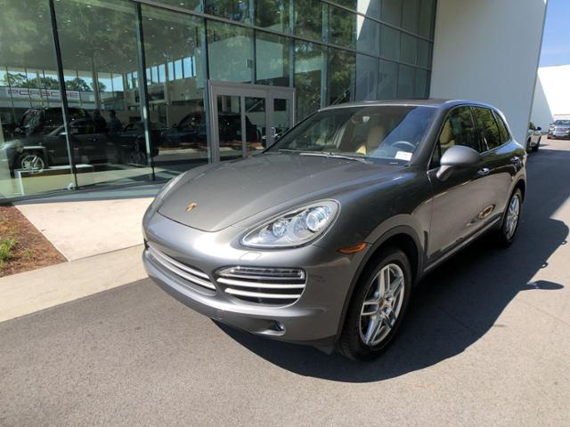 Pre-Owned 2014 Cayenne Platinum